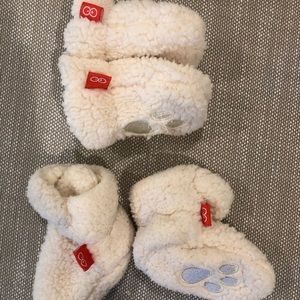Other - Set of magnetic booties and mittens